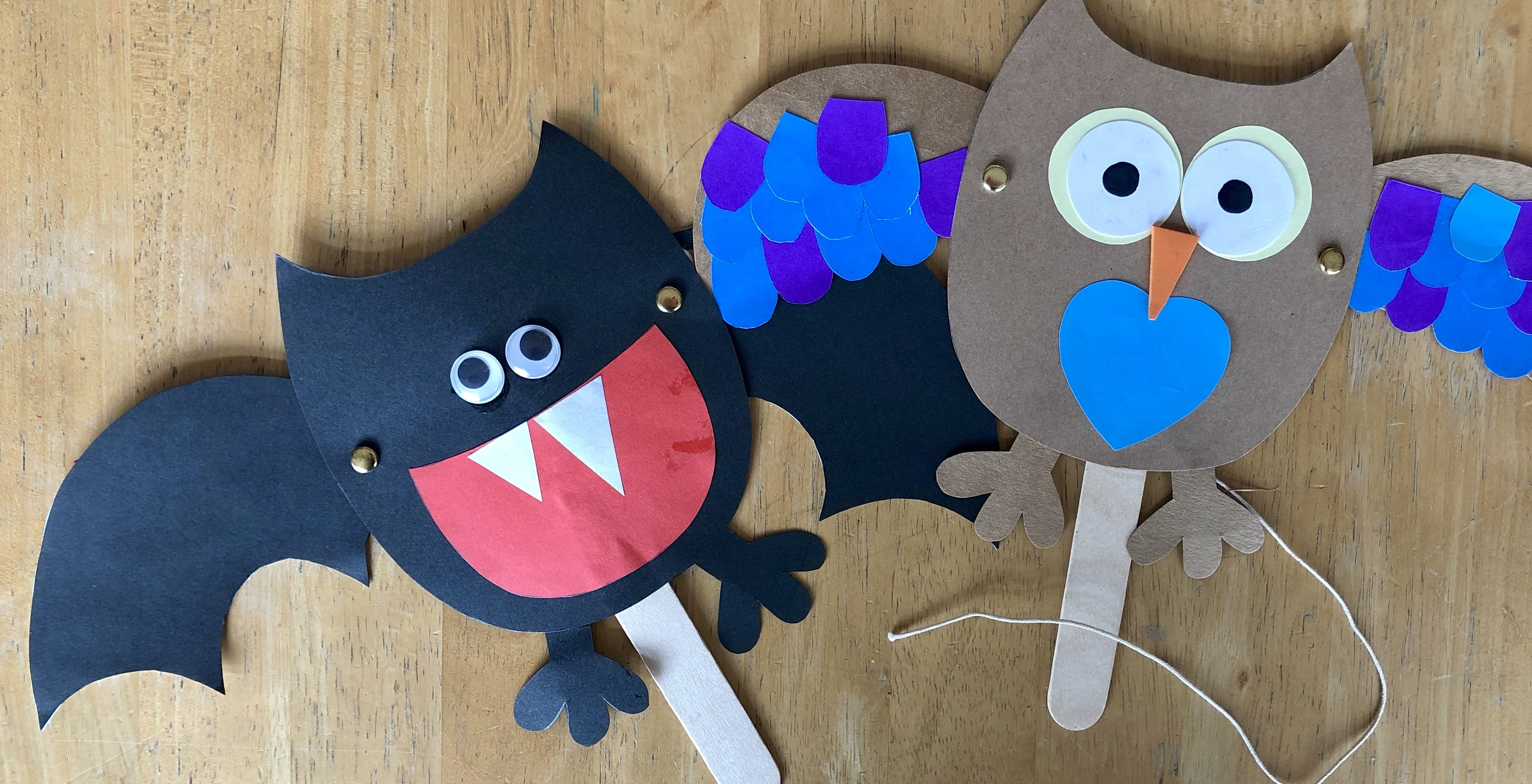 Make Your Own Halloween Bat Puppet