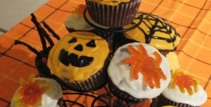 RECIPE: Halloween Treats: Chocolate-covered Peanut Butter Cups
